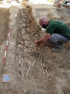 una delle trincee in corso di scavo 2