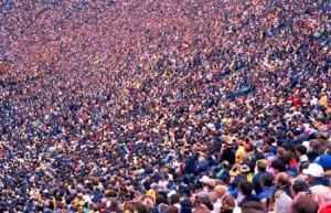 crowd2527