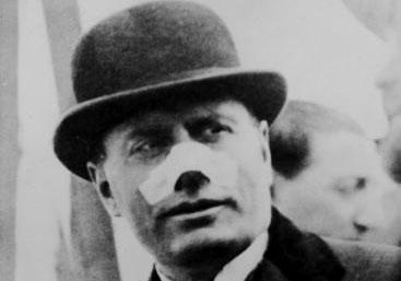 Mussolini Ferito